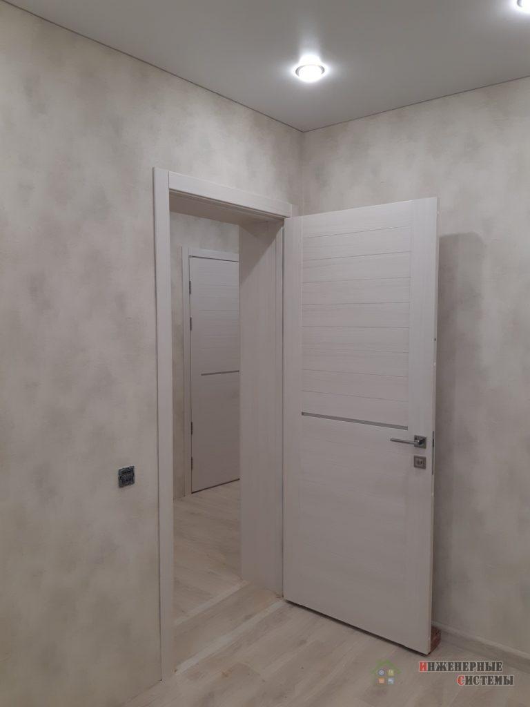 Установили двери